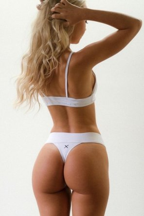 amateur photo Blonde from behind