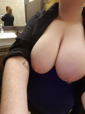 amateur photo Just a quick titty [f]lash in the public bathroom at work! [Bad Dragon]