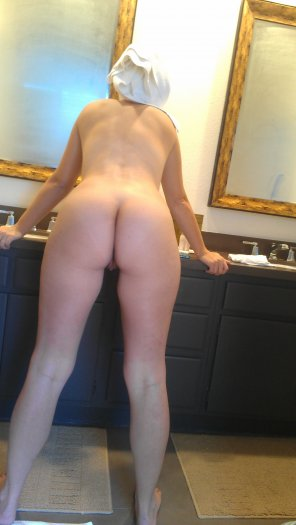 amateur photo Fresh out of the shower