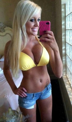 amateur photo Extreme hottie