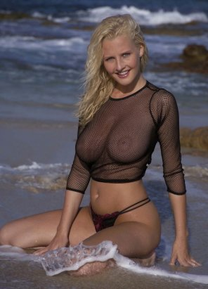 amateur photo beach mesh