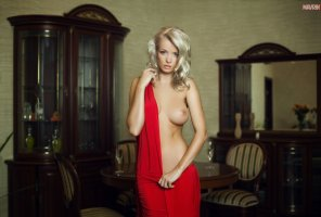 amateur photo Ekaterina In Red