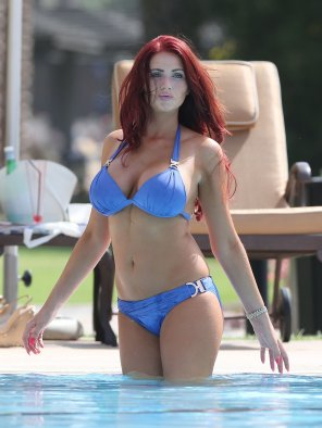 amateur photo Amy Childs