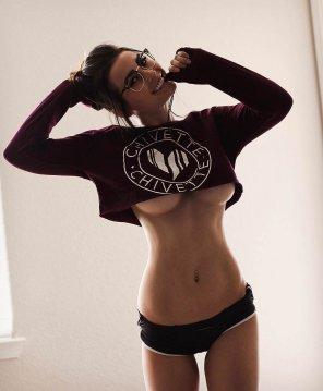 amateur photo Short sweatshirt