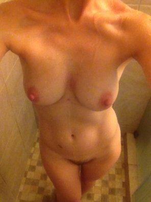 amateur photo Shower