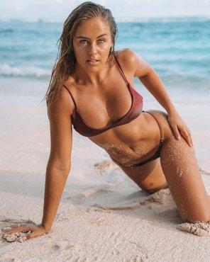 amateur photo Aussie model and entrepreneur, Stephanie Claire-Smith