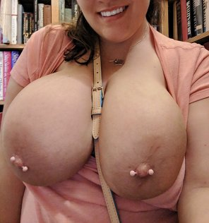 amateur photo Flashing at the bookstore ;)