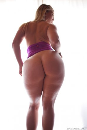 amateur photo AJ Applegate in purple