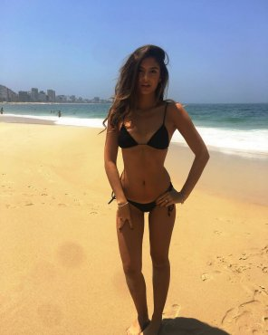 amateur photo PictureBlack bikini