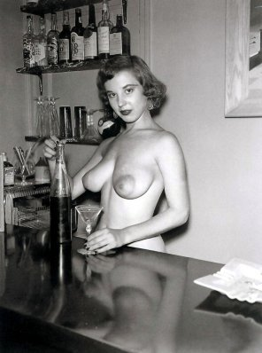 amateur photo Old school:Can I fix you a drink?