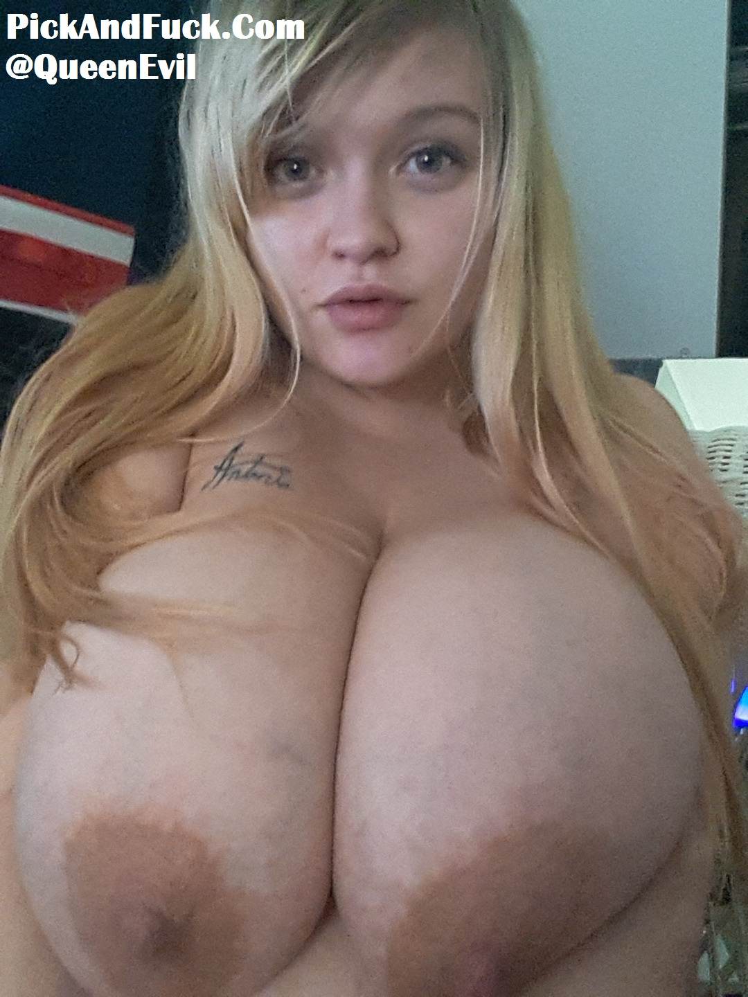 Blonde porn huge tits Huge Tits Blonde Sex Pictures Pass