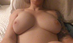 amateur photo Big natural 36D tits amateur