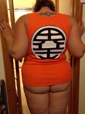 amateur photo New Goku Top [F]rom Behind! DBZ