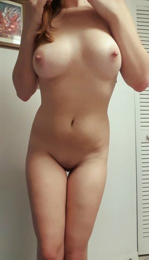 amateur photo I love showing off my beautiful tits <3 SC@ angel_hot99