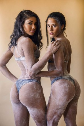 amateur photo Yovanna Ventura and Katya Elise Henry