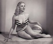 amateur photo Norma Ann Sykes