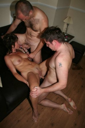amateur photo threesome