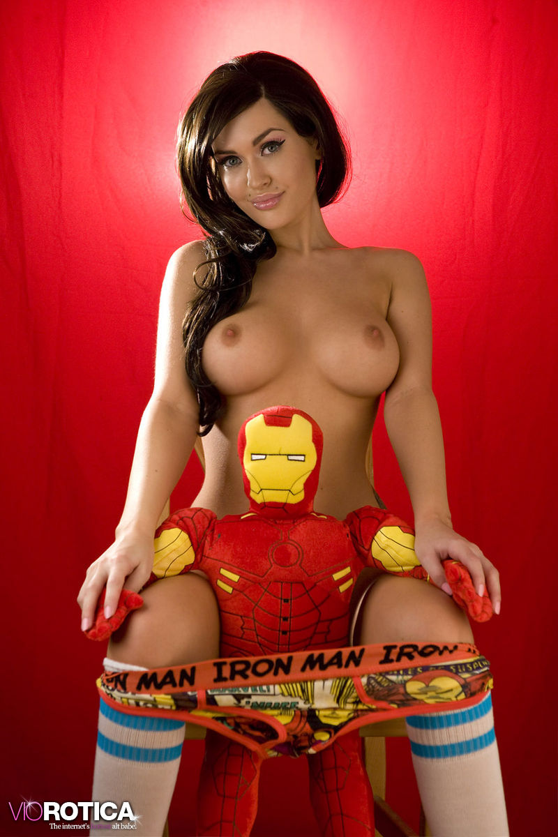 Are Free photos of nude super hero women right!