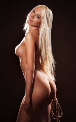 amateur photo Blonde with rope