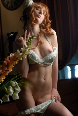 amateur photo Redhead in satin.