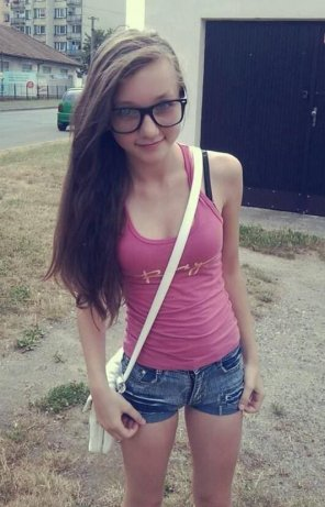 amateur photo Cutie with glasses