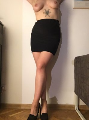 amateur photo Are heels still in?