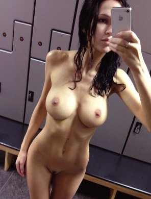 amateur photo Locker room pic