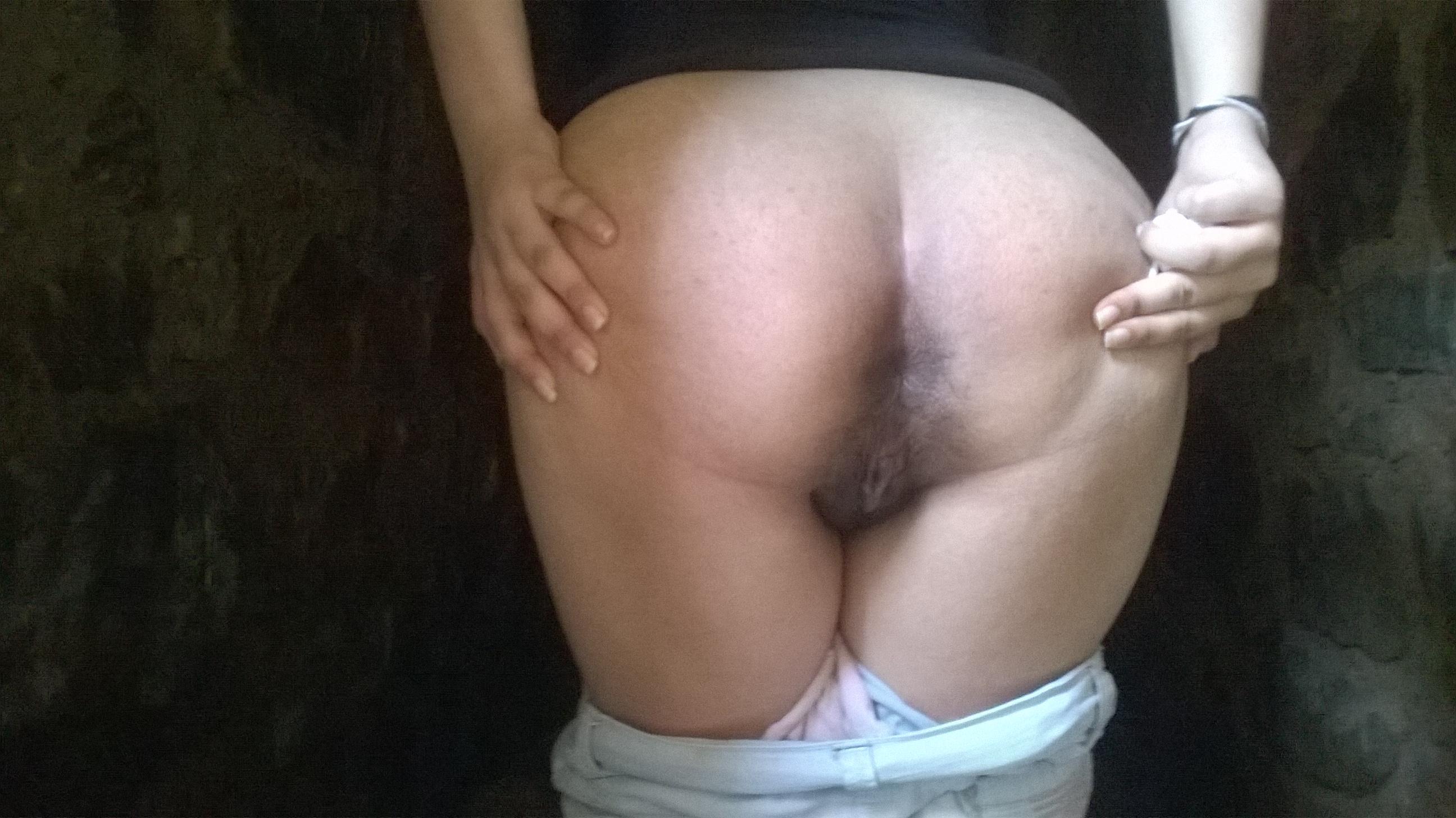 XXX photo Kinky latex lingerie