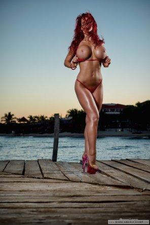 amateur photo Bianca Beauchamp Red Bikini