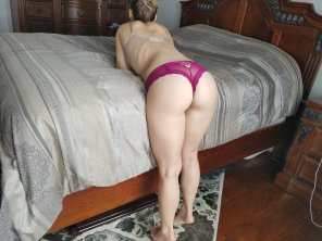 amateur photo [F] Just making the bed... To hopefully ruin it.