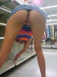 amateur photo Shopping for a vase