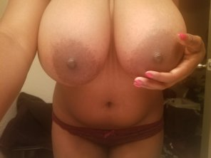 amateur photo 34G sound like a good time?