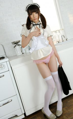 amateur photo Innocent maid in the kitchen