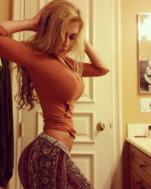amateur photo Nice Pants
