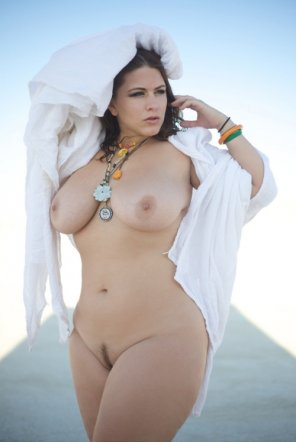 amateur photo Curvy Girl