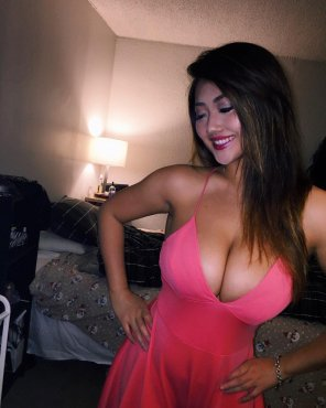 amateur photo Pink dress in the bedroom