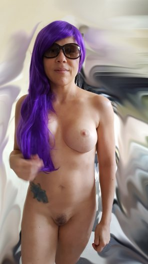 amateur photo Your daily ultraviolet exposure [Tight-Petite-MILF-40]