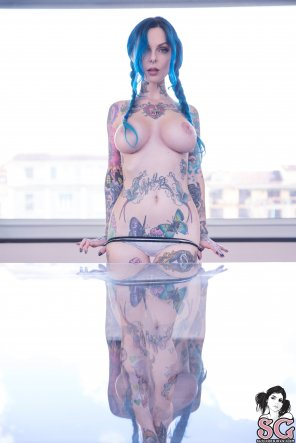 amateur photo Riae Suicide