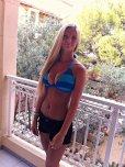 amateur photo Black, Blue & Blonde