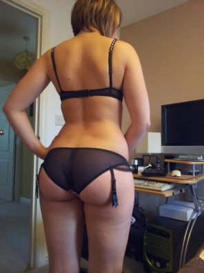 amateur photo PictureTransparent panties on a solid ass