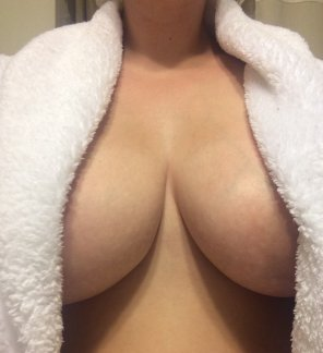 amateur photo My robe can barely contain them!