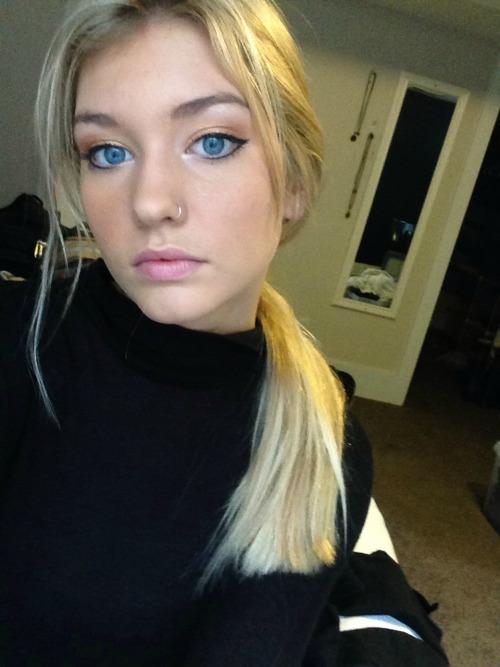 Blue eyed blonde porn