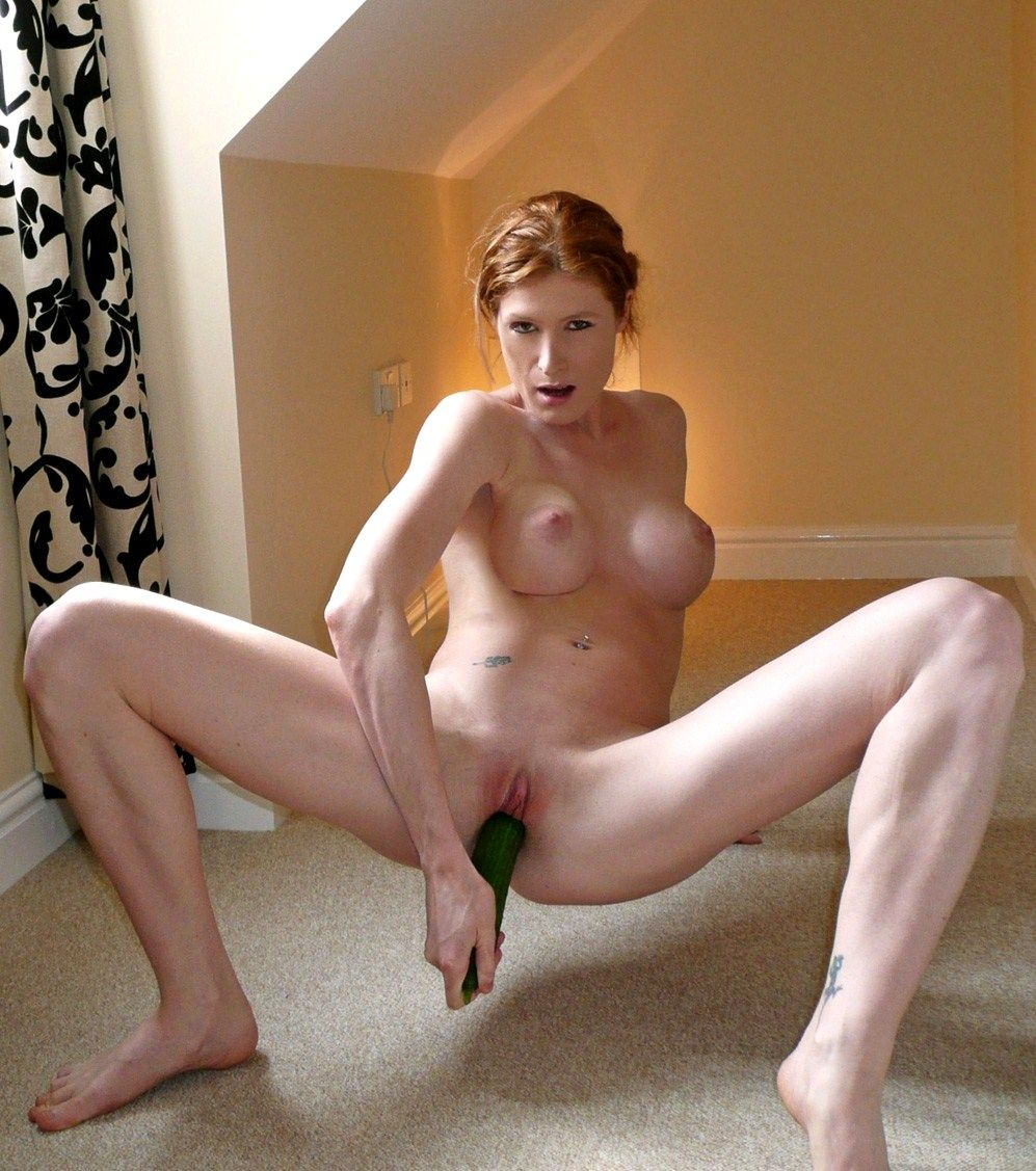 Ginger Milf Pictures