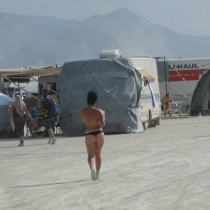 amateur photo Burning Man beauty