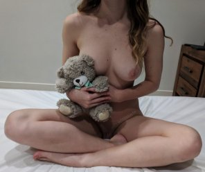 amateur photo [f19] Will you hold me? 💕