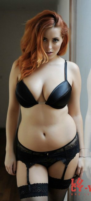 amateur photo Lucy Vixen