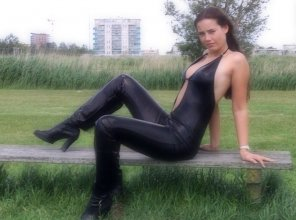 amateur photo Amateur leather girl