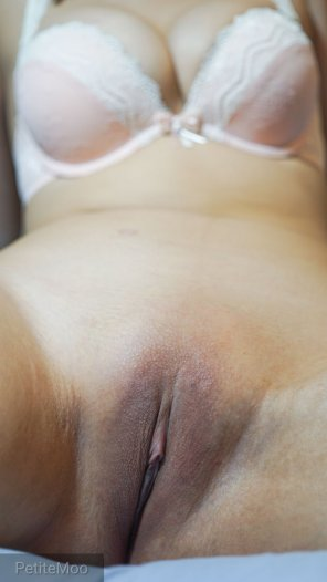 amateur photo You wanna feel how soft my freshly waxed pussy is? 😋💦