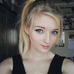 amateur photo Hair up