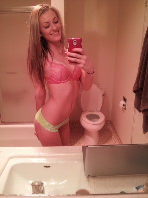 amateur photo Happy teen posing